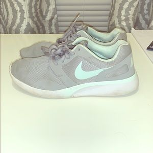 Nike gray and teal sz 9.5 worn once